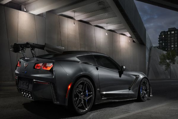 10 Best Features of the Corvette ZR1 For You To See